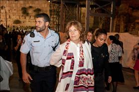 WOW Leader Anat Hoffman arrested on October 17th, 2012. Photo: Michal Fattal